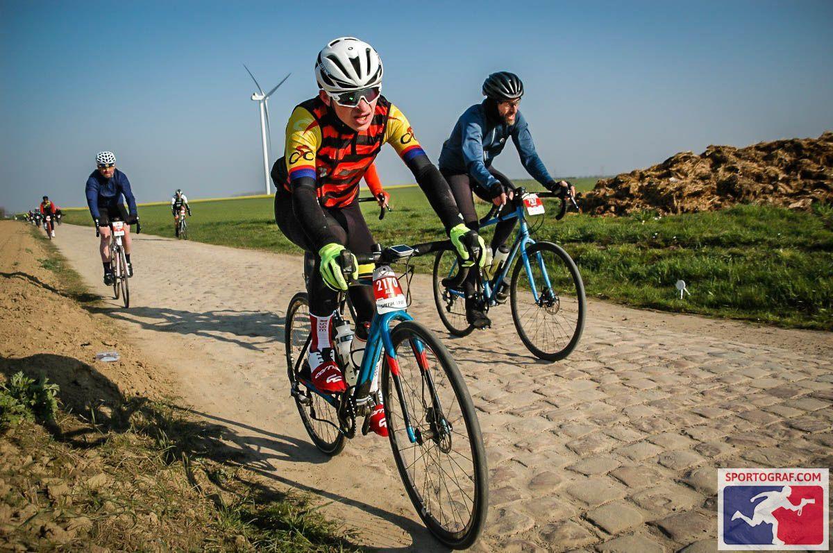 Stevenage CC Rider suffering on the cobbles